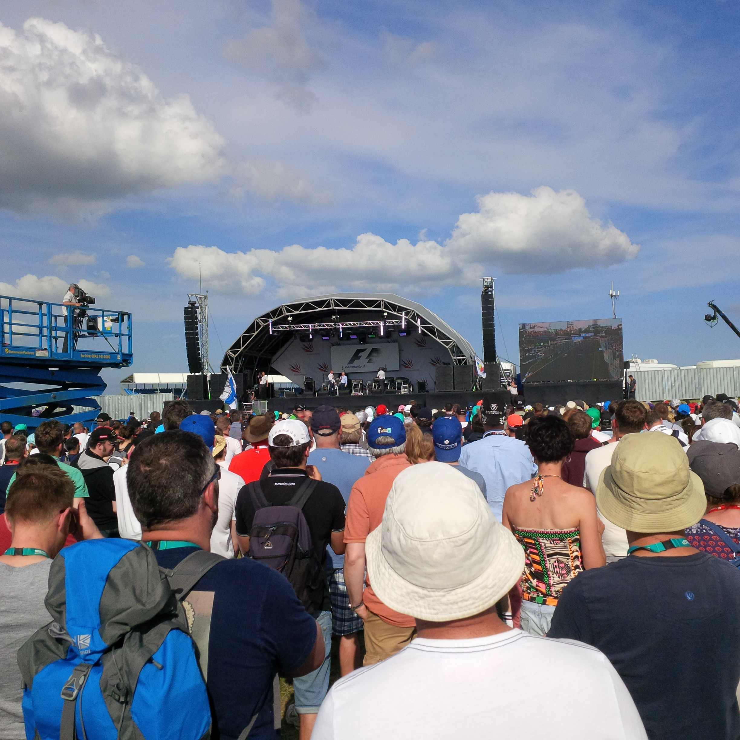 British Grand Prix: Crowds at event on soundstage