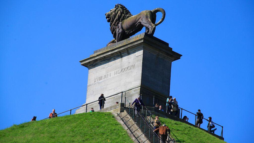 Lions-Mound-at-Waterloo-1