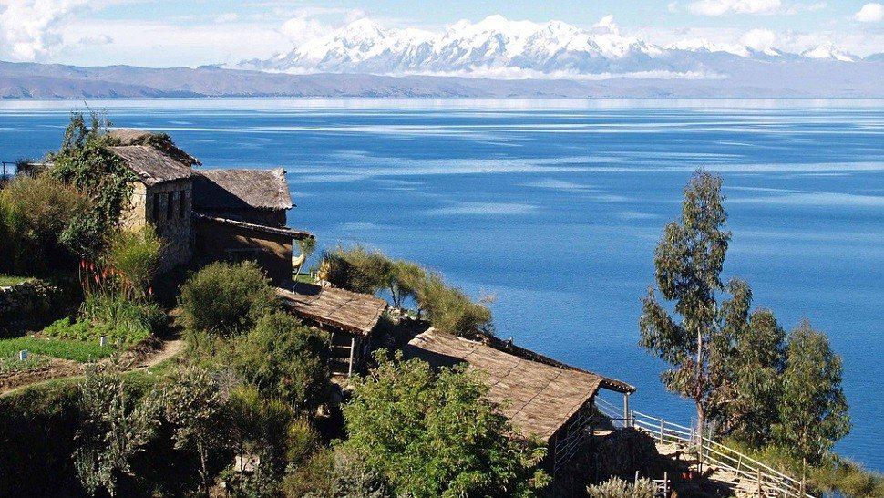 lake-titicaca-bolivia-1